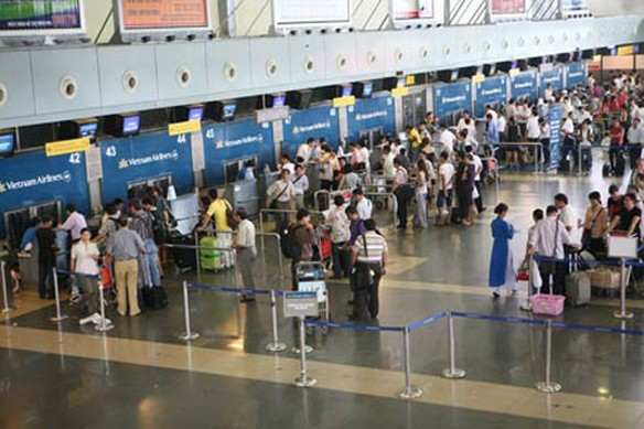 Check-in Vietnam Airlines trong 2 phút_vovgiaothong